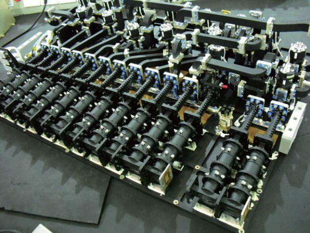 Ku Band dual mode cylinder cavity OMUX
